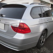 BMW320iツーリング001